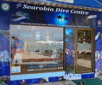 Searobin Beach front dive shop